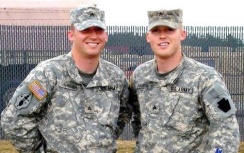 Army brothers2